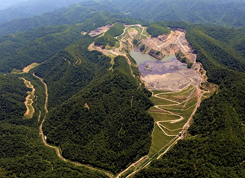 Environmental Mining and Quarry Engineering (Selected Topics)
